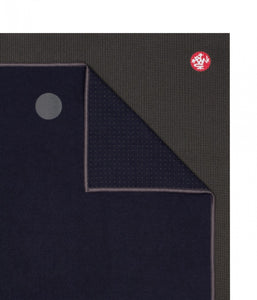 Manduka YogiToes Large Skidless Towel - Navy & Grey