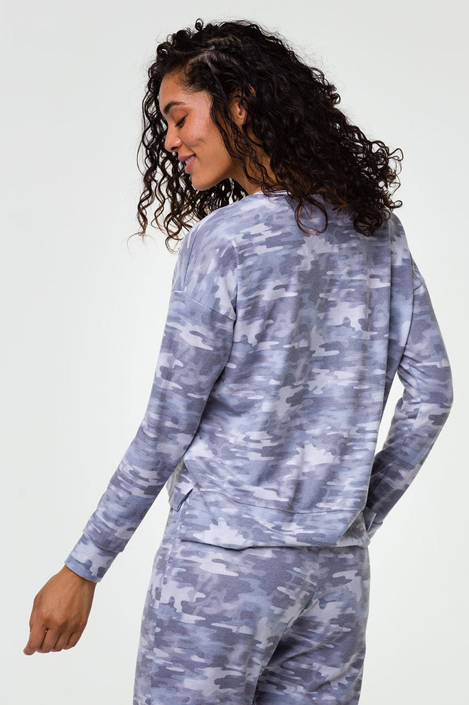 Onzie Long Sleeved Sweater - Light Camo - SKULPT Dublin
