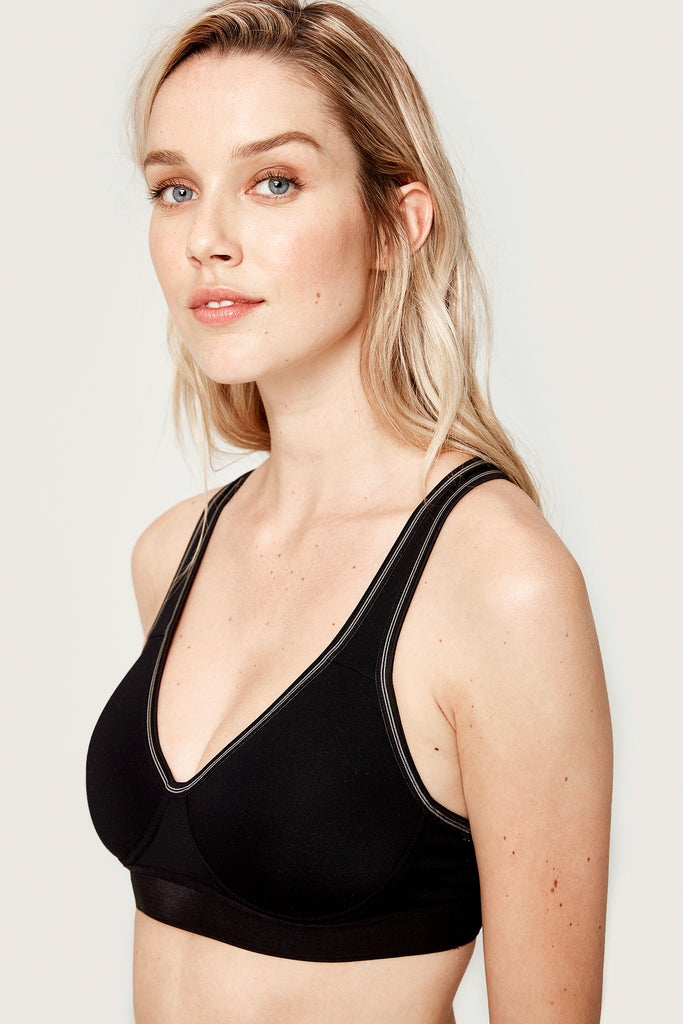 Lole High Impact Sports Bra - Moulded Cup - Black with pinstripe - SKULPT Dublin