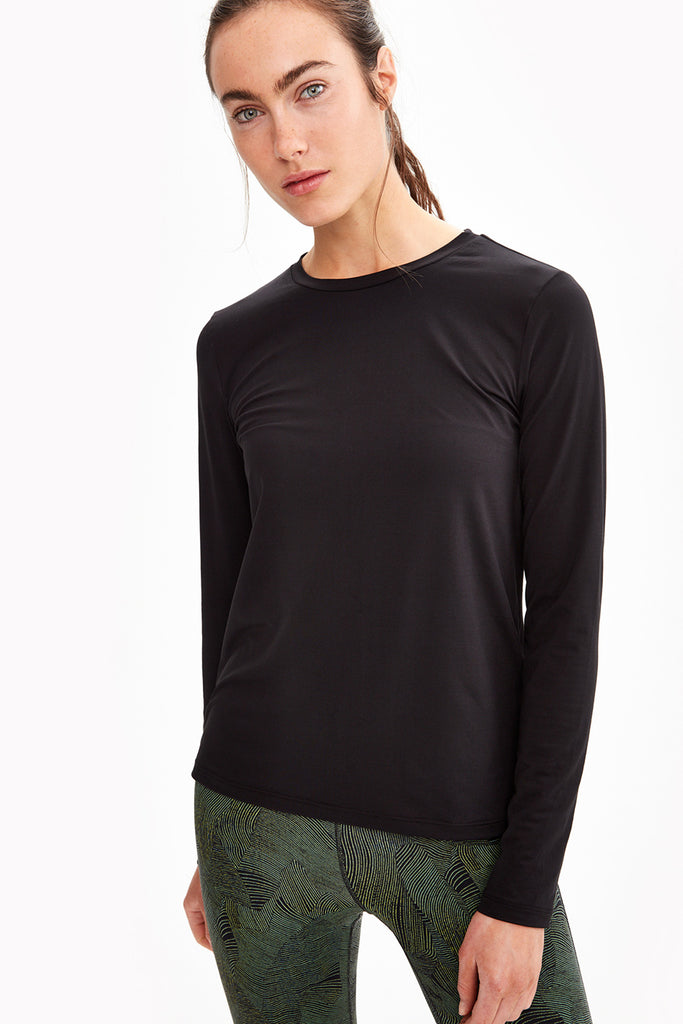 Lole Long Sleeved Round Neck Top - Tabbed Back Black - SKULPT Dublin