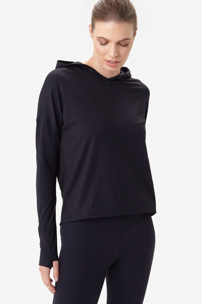 Lole Long Sleeved Lightweight Hoodie - Black - SKULPT Dublin