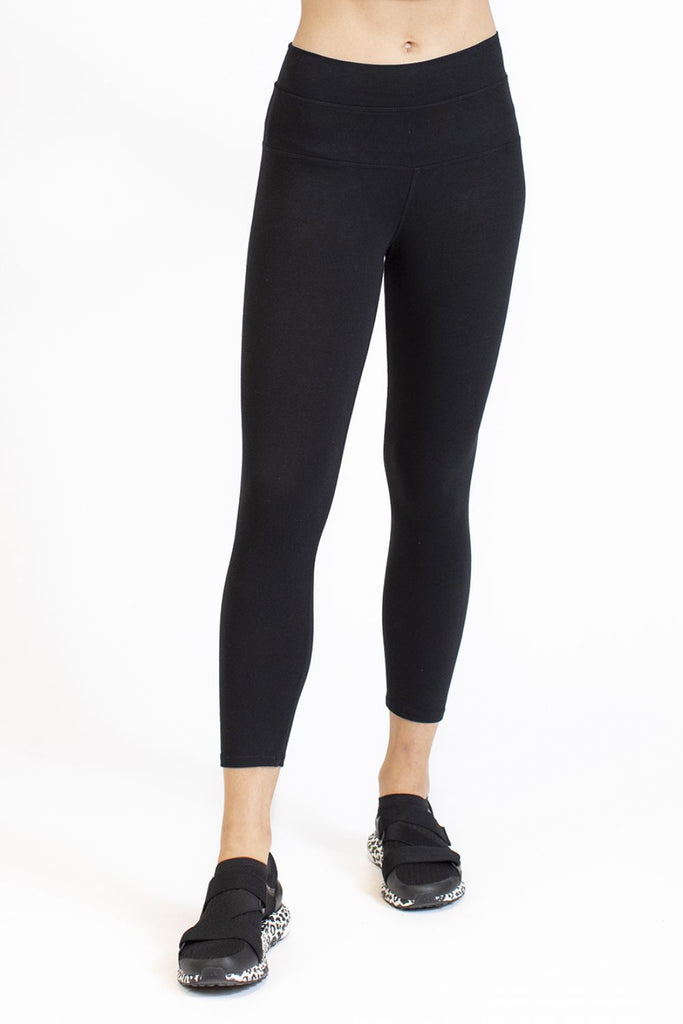 HardTail Capri Leggings - Black - SKULPT Dublin