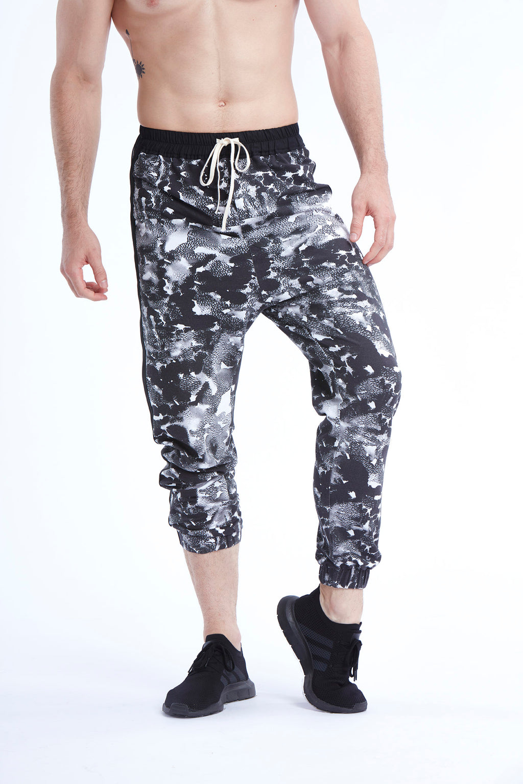 Be Strong Joggers - Black and White