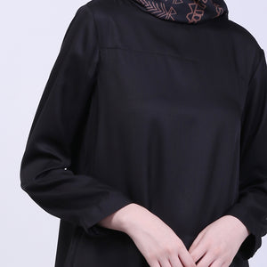 Serana Black Basic Dress