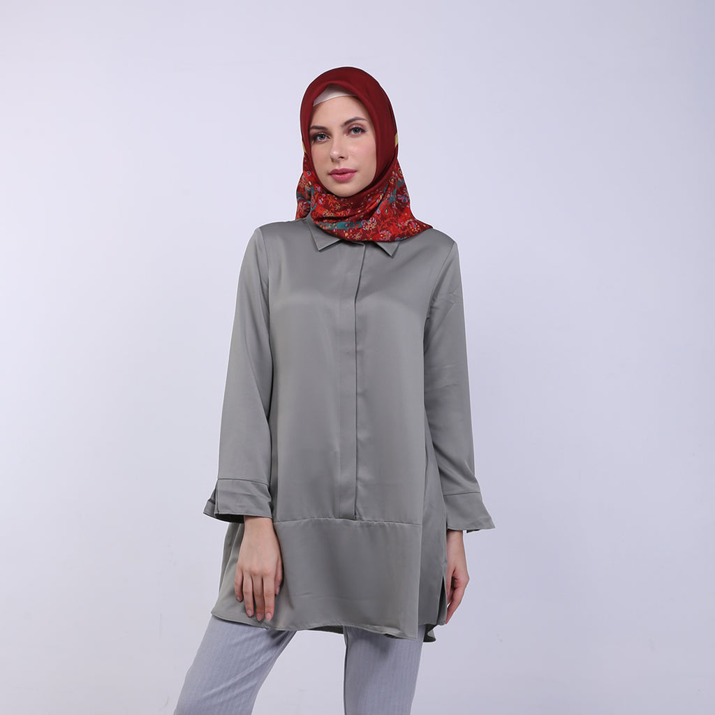 Charla Olive Basic Blouse