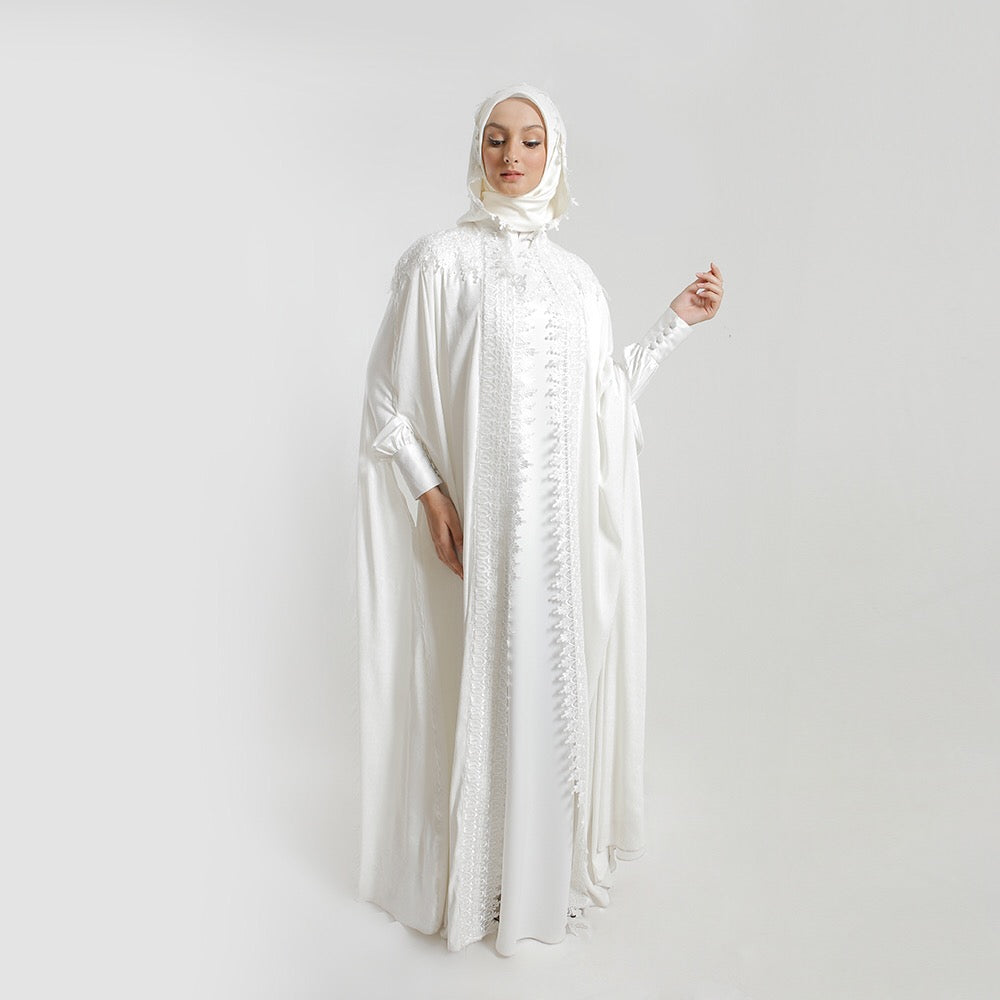 Humayra Hoodie White Dress