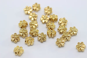 Gold Tone Daisy Flower Connector - 7mm Daisy Spacer Beads - Spacer Findings - Flower Pendant - GNC 032