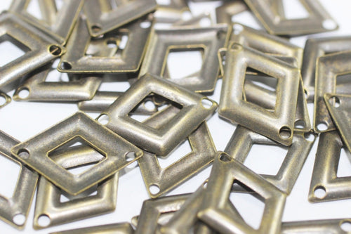 Antique Brass Triangle Charms, 13x17 mm Filigree Triangle Connector, Geometric Findings,