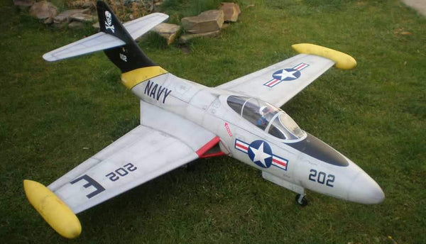 SKYMASTER F-9F Panther ARF  - Scale 1:5