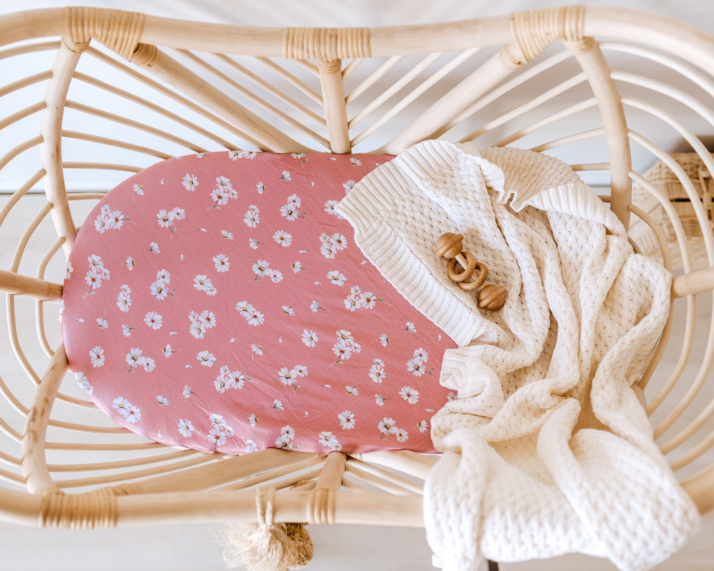 Bassinet Sheet & Change Pad Cover | Daisy