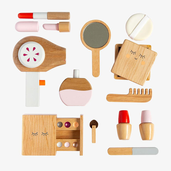 Wooden Beauty Kit