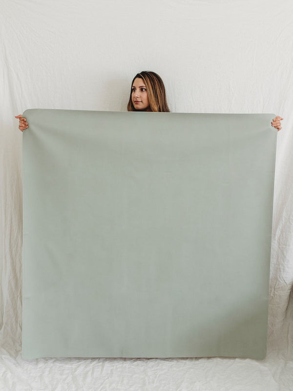 sage leather play mat maxi size