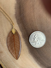 Load image into Gallery viewer, Brown Skeleton Leaf Gold Necklace