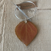 Load image into Gallery viewer, Aspen Leaf Ornament