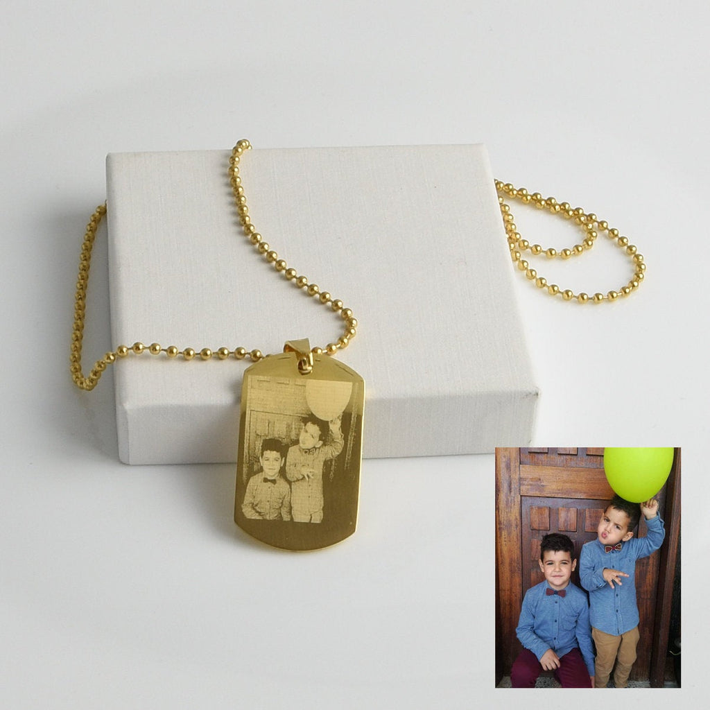Engraved Photo Necklace Personalized Necklaces Jewellery Gifts for Mom Photo Picture Jewelry Family Photo Necklace Personalized Mom Gifts