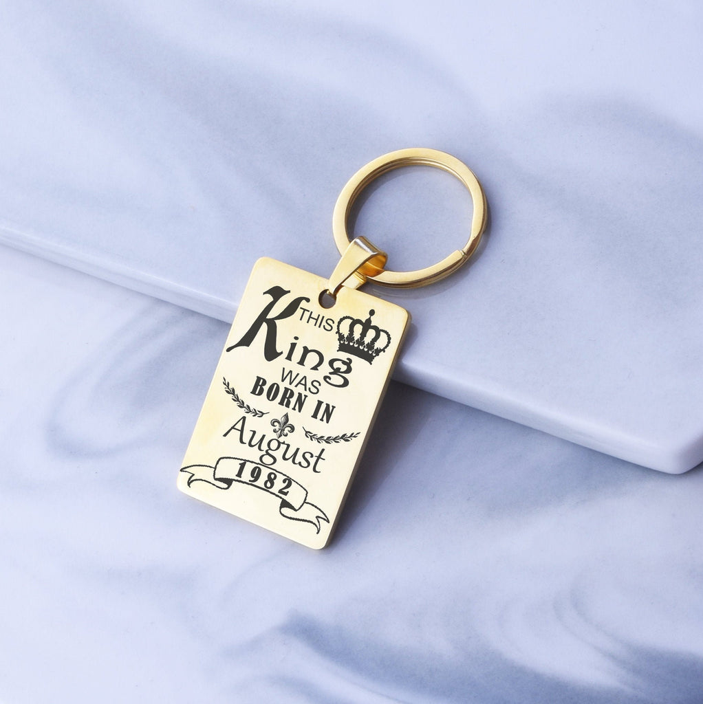 This Queen or King was Born In Keychain Best Friend Birthday Gift Personalised Custom Friend Key Chain Boyfriend Girlfriend Keychain Gift