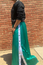 SPORTY CHIC Maxi Skirt