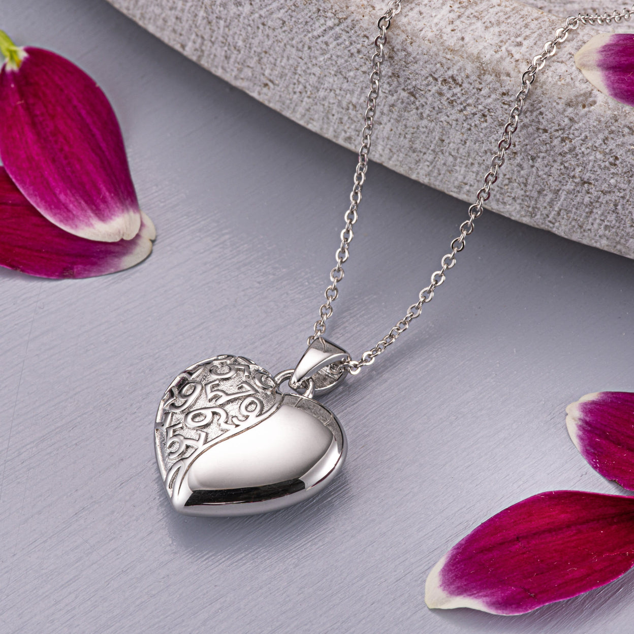 Load image into Gallery viewer, EverWith™ Self-fill Heart Swirl Memorial Ashes Pendant