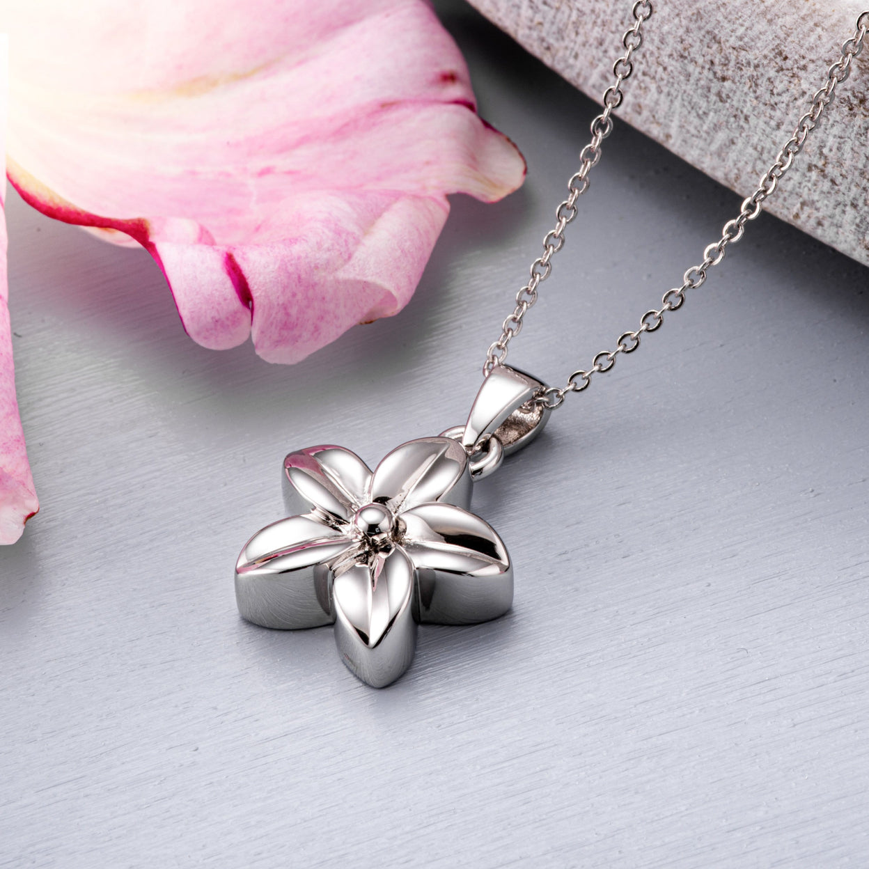 Load image into Gallery viewer, EverWith™ Self-fill Daisy Cremation Ashes Pendant