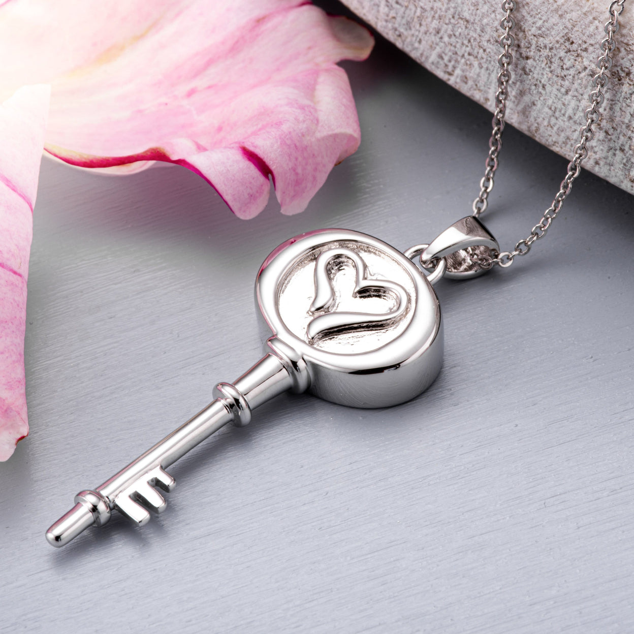 Load image into Gallery viewer, EverWith™ Self-fill Key to my Heart Cremation Ashes Pendant