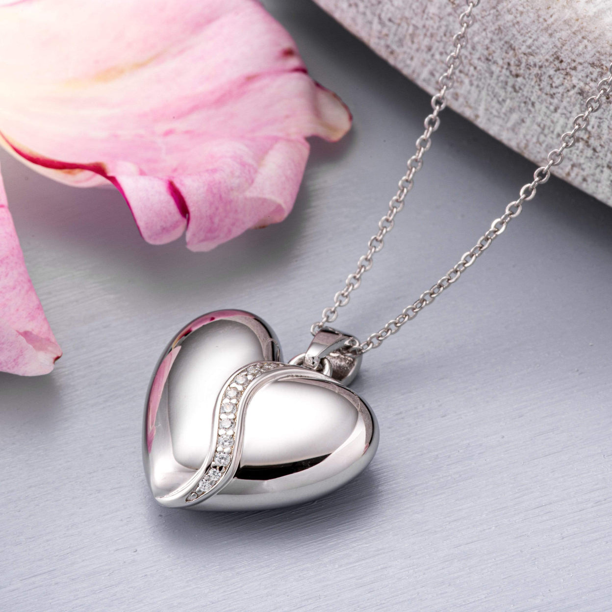 Load image into Gallery viewer, EverWith™ Self-fill Heart Shaped Cremation Ashes Pendant with Crystals