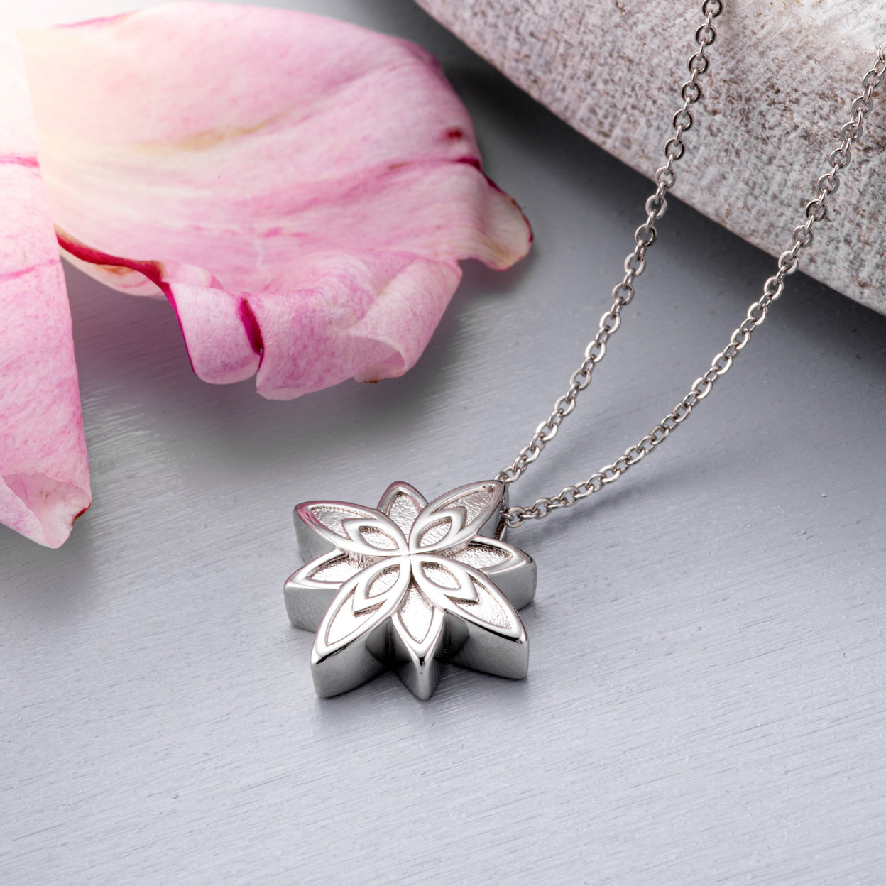 Load image into Gallery viewer, EverWith™ Self-fill Star Flower Cremation Ashes Pendant