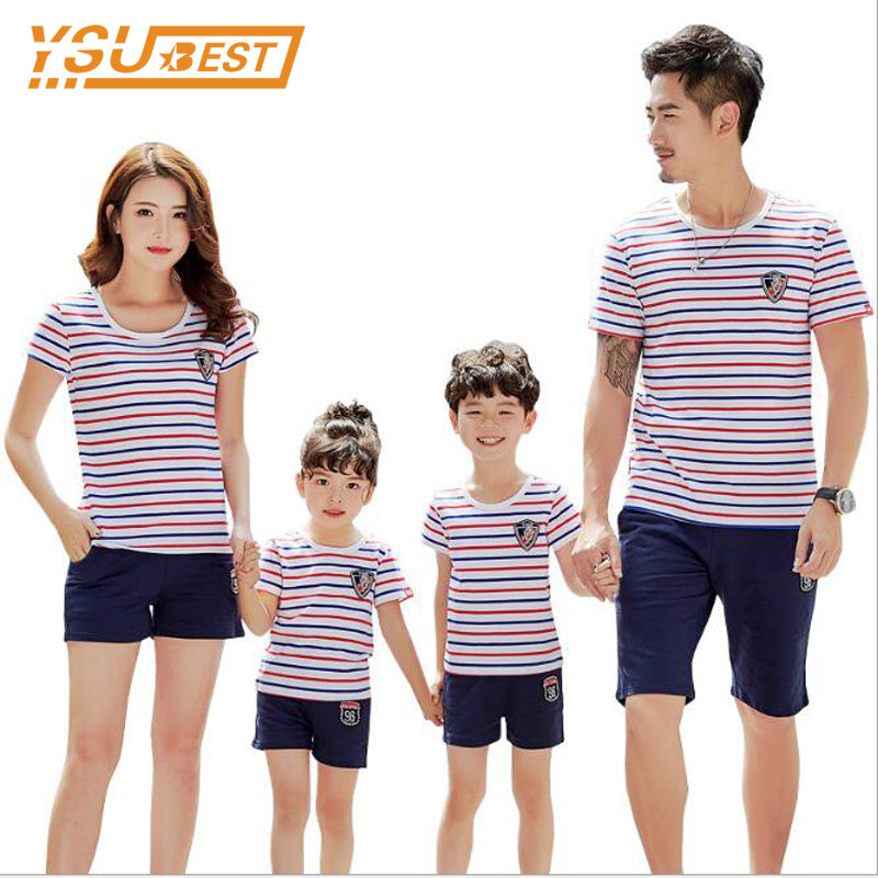 28106908d03 Family Matching Outfits Family Clothing 2018 Summer Family Clothes Set  Father Son Mother and Daughter T