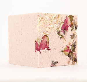Adore / NATURAL EFFERVESCENT BATH CUBE