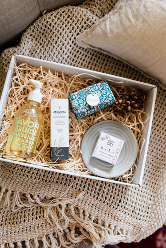 Pamper Box (Green Blue Assorted)