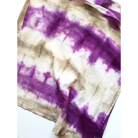 Example of shibori dyed fabric using two dyes