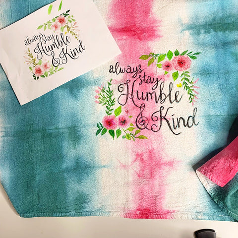 Fabric Painting on a Tea Towel | DivineNY.com