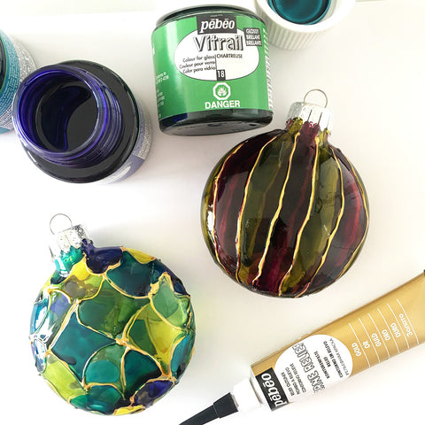 Decorated holiday ornaments with Pebeo Vitrail paints | DivineNY.com