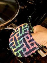 Load image into Gallery viewer, Mini Oven Mitts in Rainbow Print Fabric, Set of 2