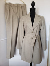 Load image into Gallery viewer, Herringbone Classic Larry Levine  2- Piece Pant Suit