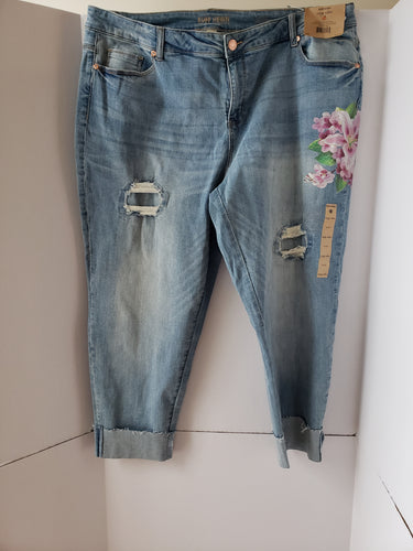 Distressed Roll Up Jean Pants