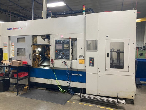 Doosan Puma 2500 LSY Multi Axis CNC Lathe, 2003 - C-Axis on Main & Sub, Y-Axis, Milling, Parts Catcher