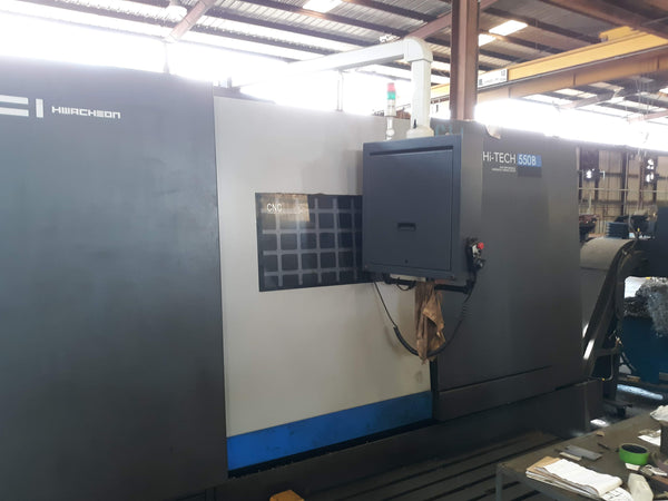 Hwacheon Hi-Tech 550B CNC Lathe, 2012- Tailstock, Chip Conveyor