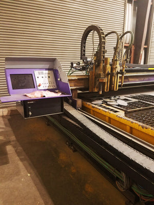 2012 Hornet XD 8' x 20' CNC Plasma Cutter With Bladder Water Table