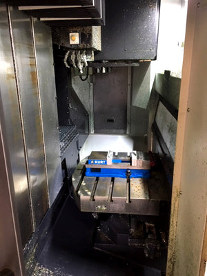 2016 Doosan VC430 VMC- Automatic Pallet Changer, Through Spindle Coolant, 819 Cutting Hours