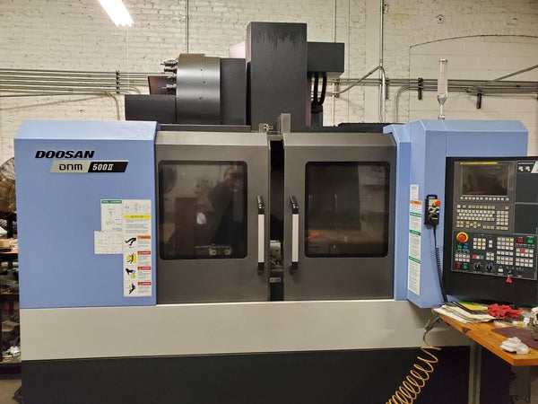 Doosan DNM 500 II VMC, 2015 - Through Spindle Coolant, Spindle Chiller