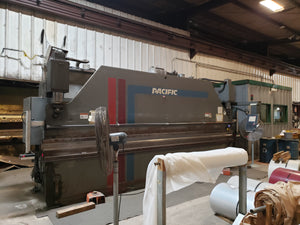135 Ton x 18' Pacific FF135-18IIS CNC Press Brake, 1992
