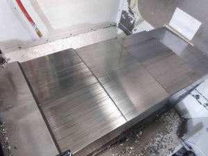 Haas VF-2 Vertical Machining Center, 2006- Side Mount 24 ATC, Auger