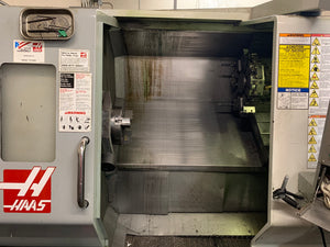 Haas SL-30T CNC Lathe, 2006 - Video, Tailstock, Under Power, Chip Conveyor