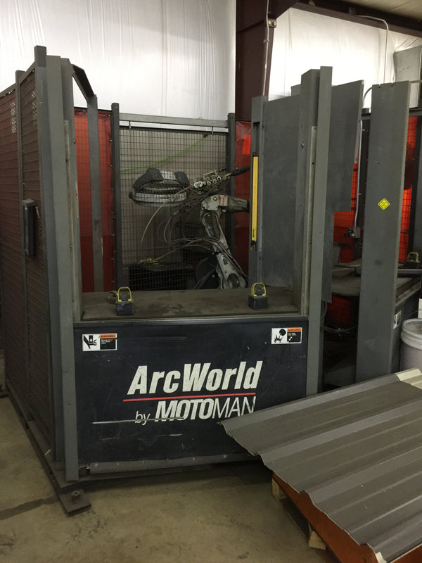 MotoMan ArcWorld Welding Cell, 2002 - XRC 2001 Control, MotoMan UP6 Robot