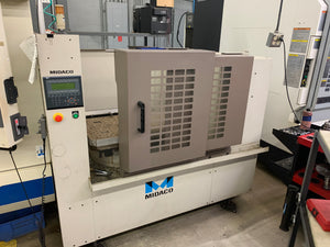 Okuma MC-V4020 Vertical Machining Center, 2005 - Thru Spindle Coolant, Pallet Changer, Video