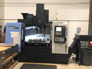 Doosan DNM 5700 VMC, 2018 - TSC, Renishaw Probe, Chip Conveyor