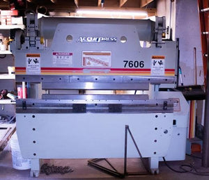60 Ton 6' Accurpress 7606 Press Brake, Very Light Usage, Tolling Included