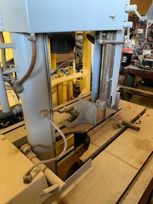 "18""x 20"" Marvel 8 Mark 1 Vertical Bandsaw, Tilt Frame"