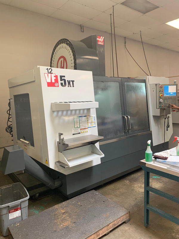 Haas VF-5XT VMC, 2011 - USB, SMTC, Chip Auger, Prog Cool, 10k RPM, 4th Axis Ready
