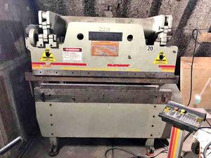 60 Ton x 6' Accurpress 7606 CNC Press Brake, 1998